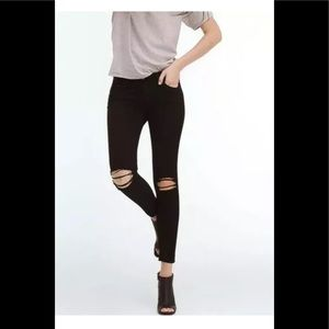 AG Adriano Goldschmied 25R Black The Legging Ankle
